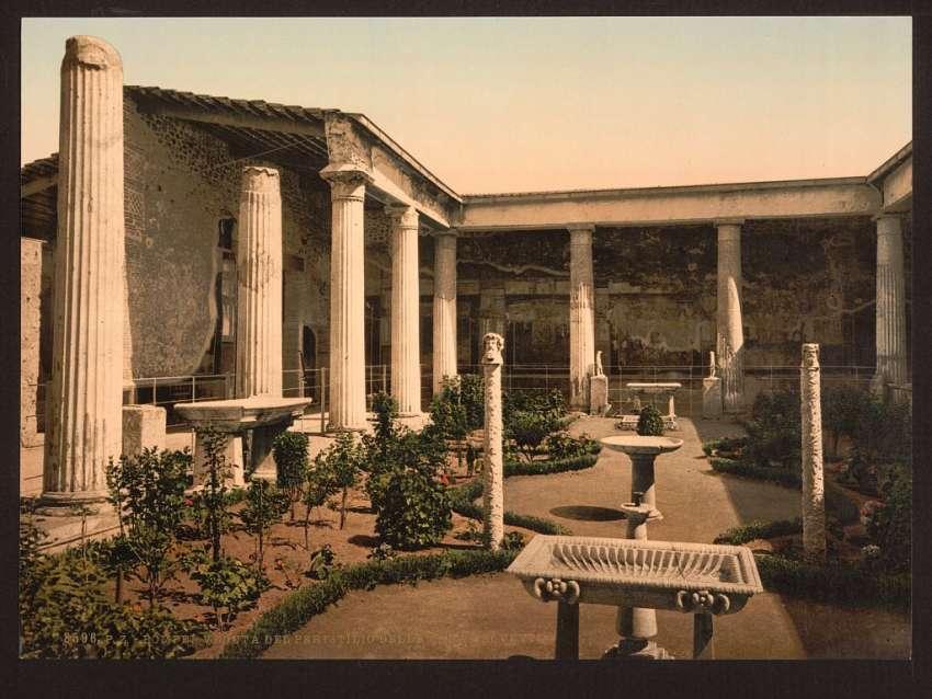 Tour Pompeii
