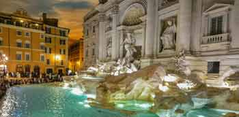 Rome by night >> trevi fountain
